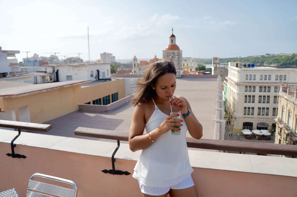 Latinas Traveling Around The World: Best Places to Eat and Drink in Havana Cuba