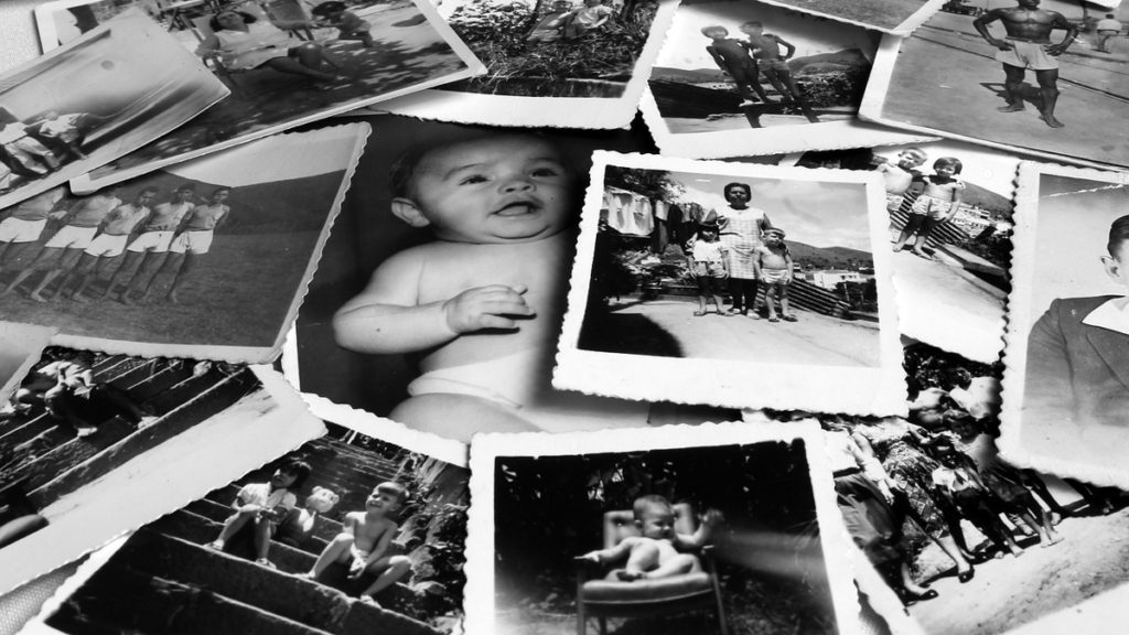 Memories and photos - missing family - living abroad