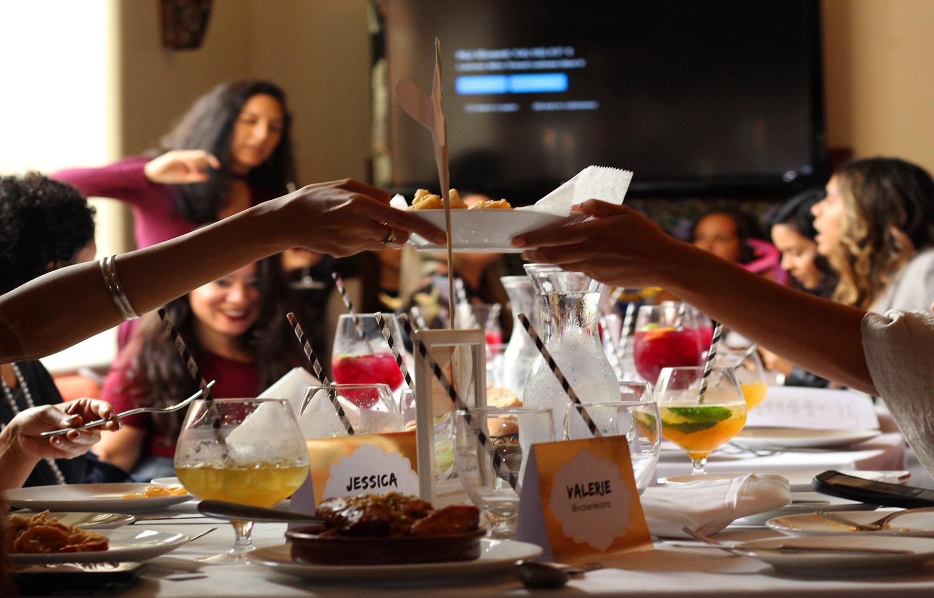 Latinas Who Travel Meet ups