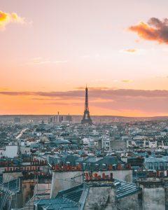 paris france romance latinas who travel