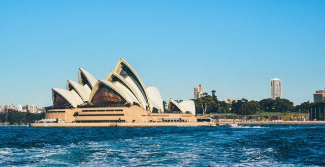 latinas in australia