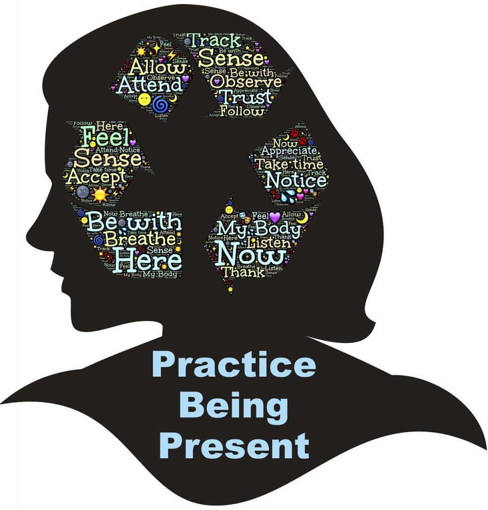 Mindfulness-practice-being-present-latina-traveler