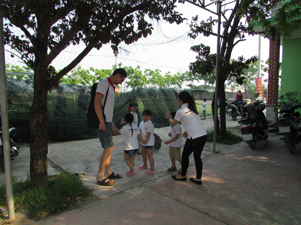 vietnam volunteering as a teacher experience