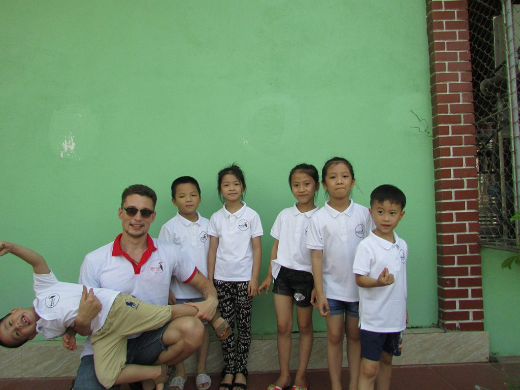 volunteer work in vietnam southeast asia
